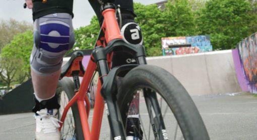 knästöd cykel